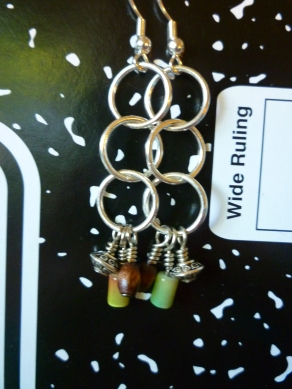 Silver chain earrings with wood and multicolor bead