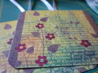 Christmas Tag series - Brown and Green with flowers