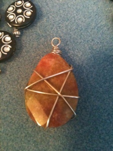 Jewelry. Wire wrapped pendant 3
