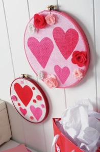 Valentine Hoop Decorations