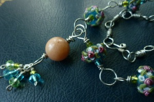 0049_Necklace_LampworkBeads_RoseBlueGreen (6)
