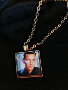 Wesley Crusher pendant