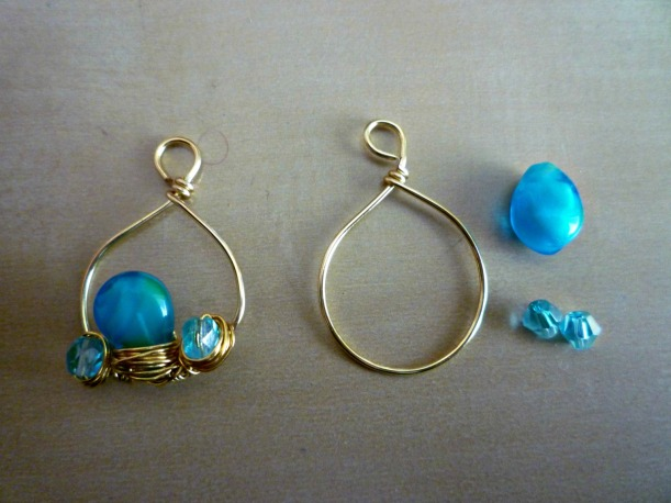 Earrings_BlueGold