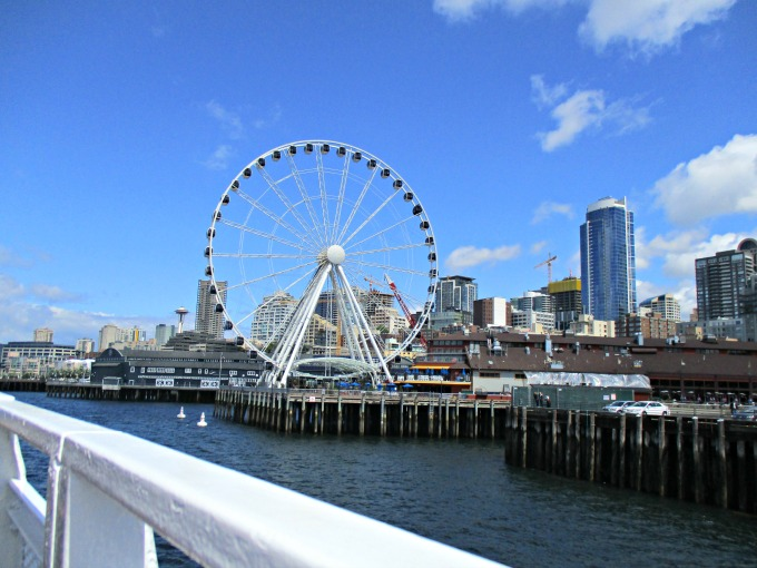 Seattle_ElliotBay_SeattleWheel